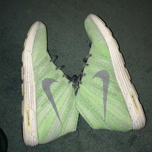 Nike Shoes - Nike Flyknits